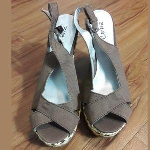 Bumper Women's Brown Platform Wedges Heels Size 6